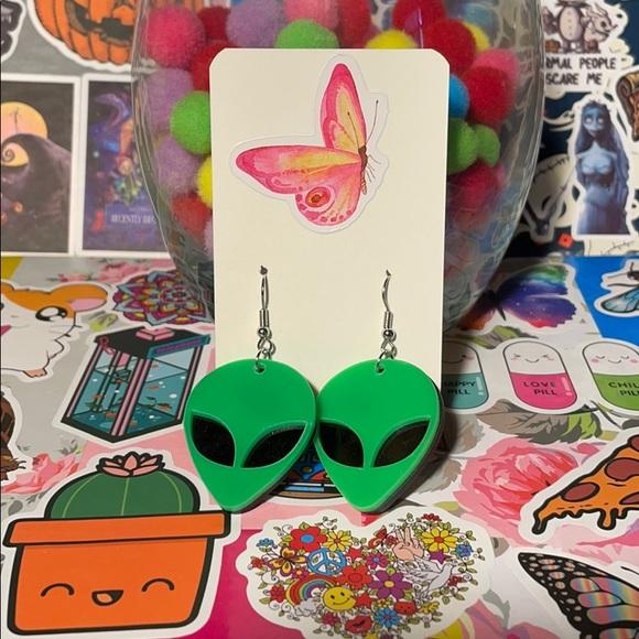 5/$25 Alien Earrings